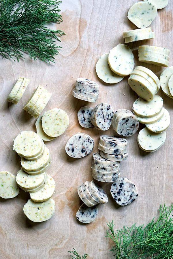 raw cut round cookies