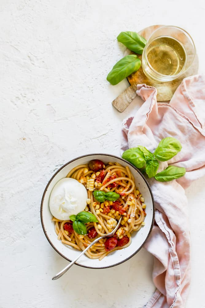 BUCATINI WITH TOMATOES AND BURRATA