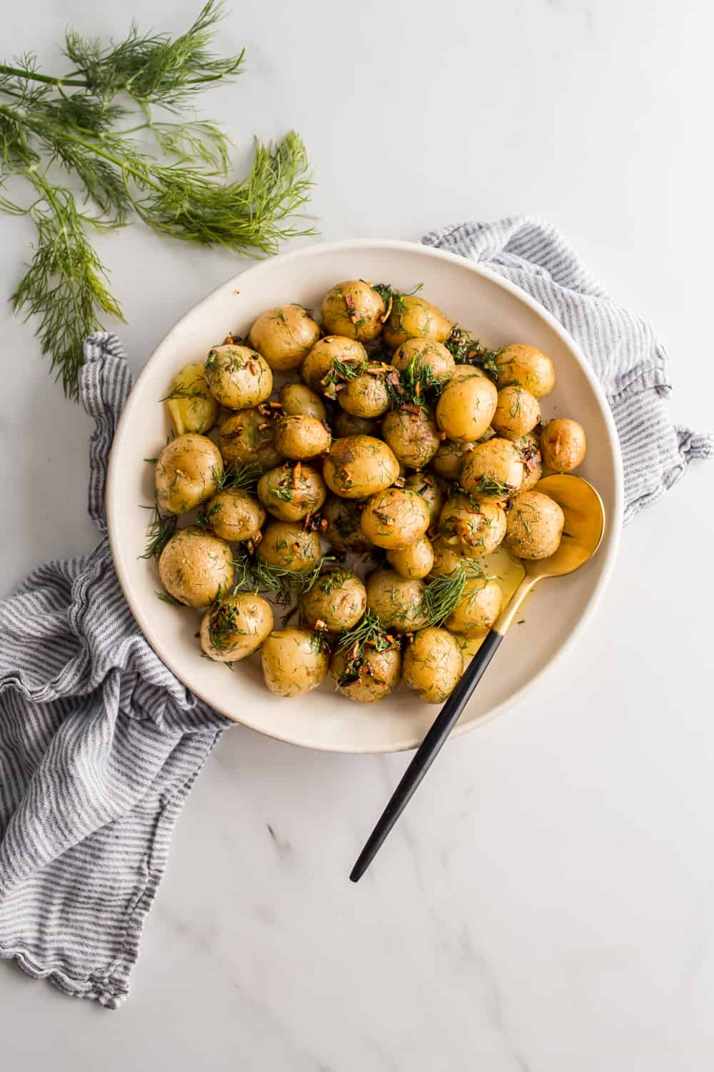 Boiled Baby Potatoes With Garlic Butter And Dill Lenaskitchen